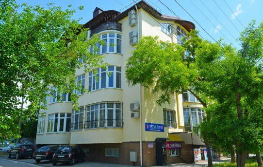 Двухкомнатная квартира в центре Евпатории