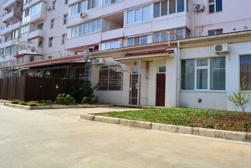 Квартира-студия с дизайнерским ремонтом и индивидуальным входом в Евпатории
