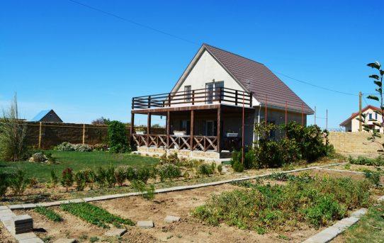 Классический загородный дом под Евпаторией