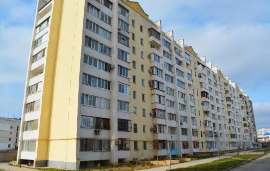 Двухкомнатная квартира улучшенной планировки в Евпатории